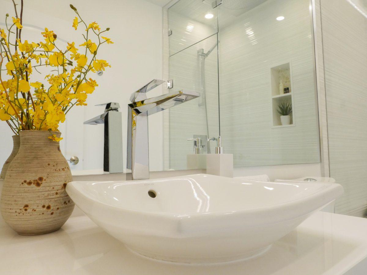 2017.03.31-Bathrooms-006