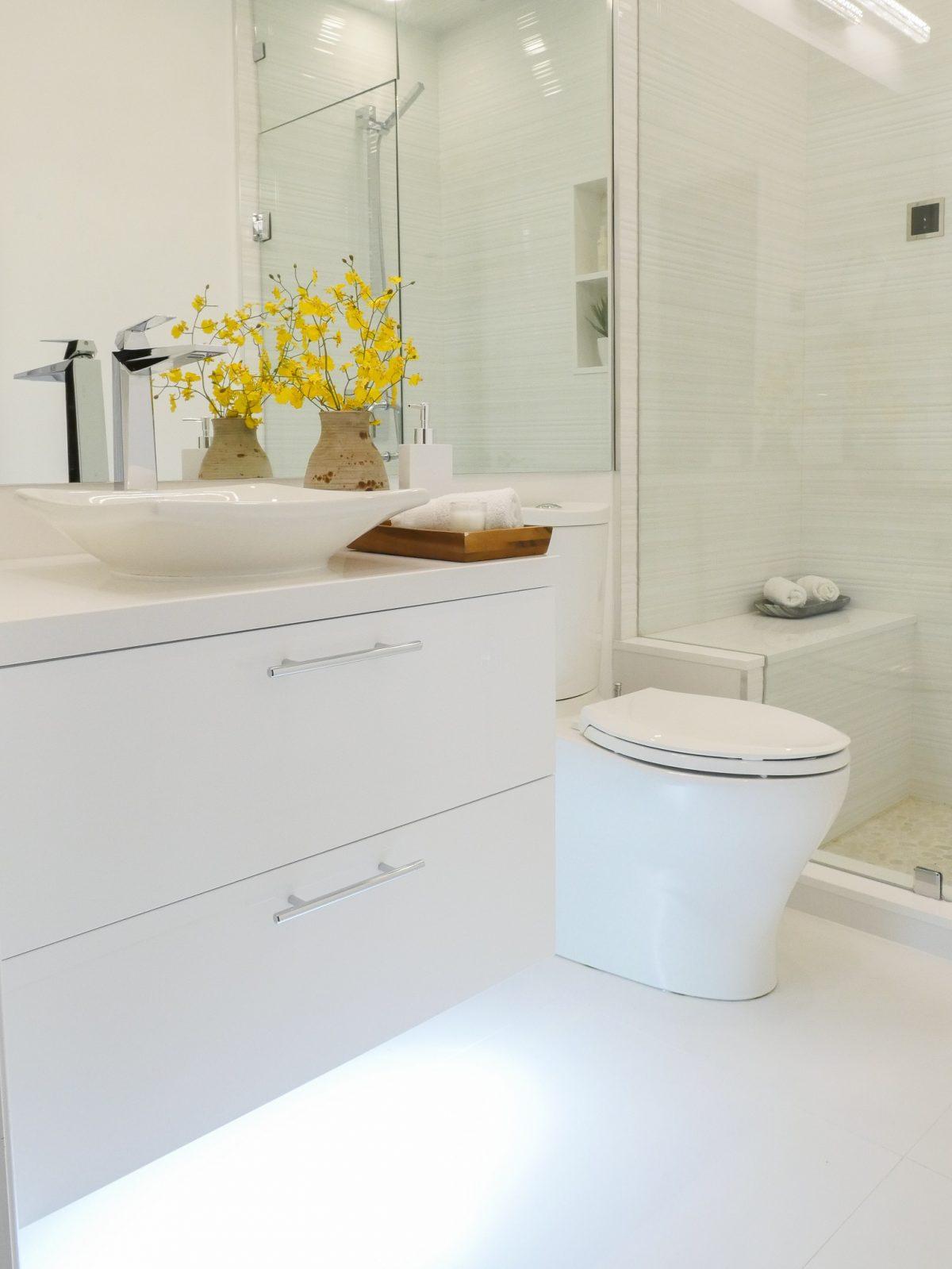 2017.03.31-Bathrooms-016