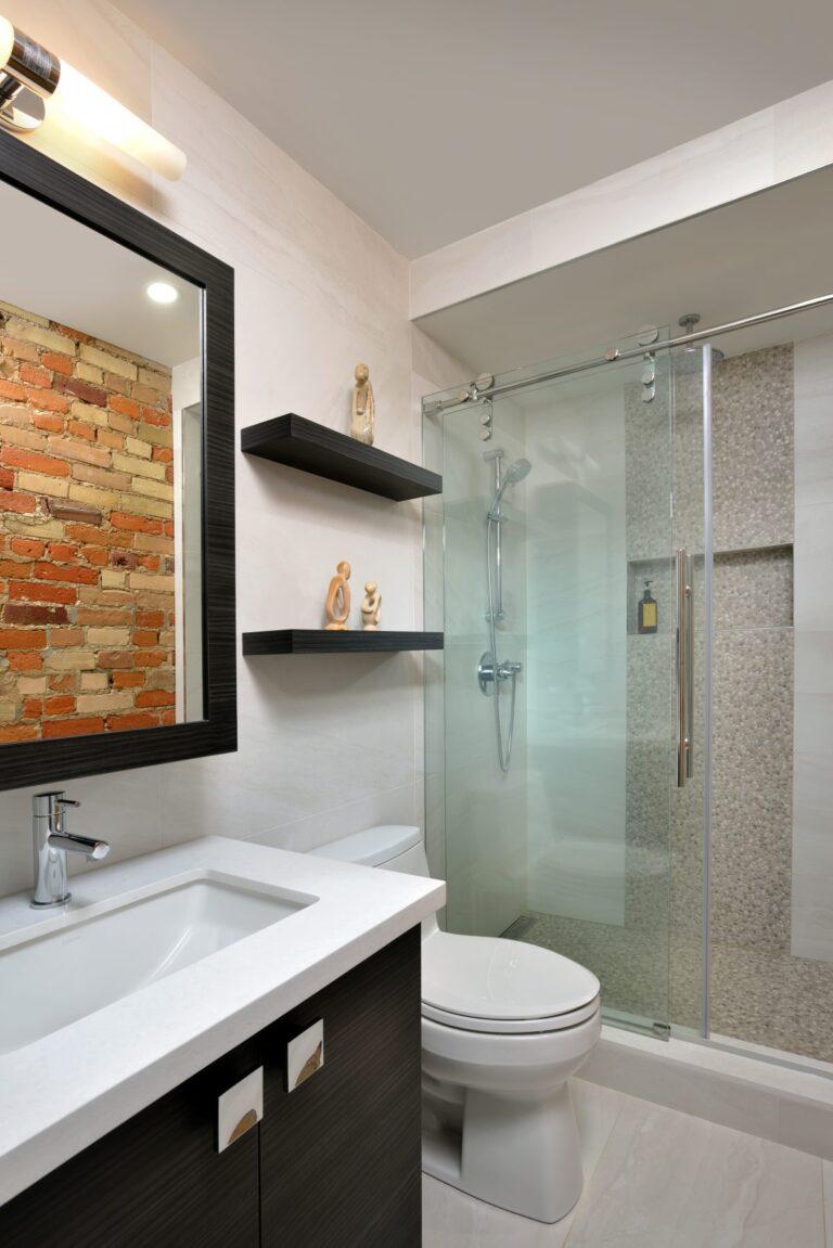 downtown_loft_bathroom1